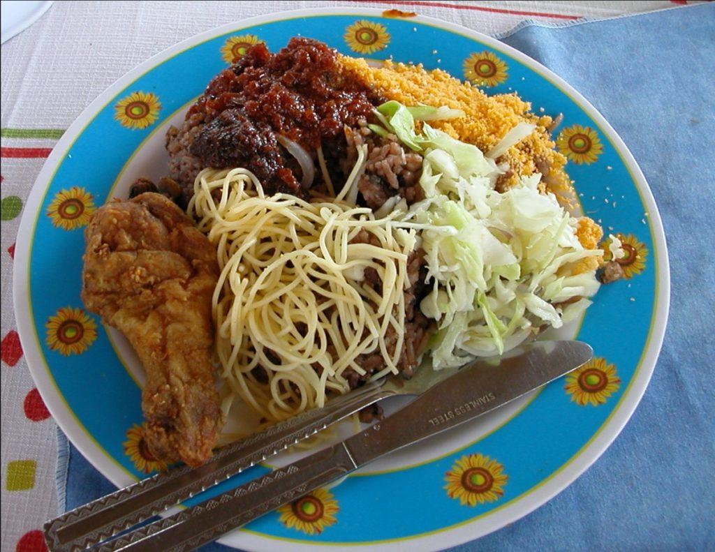 Petit déjeuner Waakye Ghana